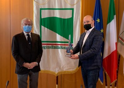 da sx Gennaro Amato pres. Snidi e Stefano Bonaccini pres. Regione Emilia Romagna